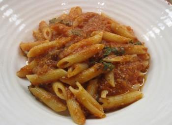 Ricette per celiaci: penne di mais al pesto rivisitato by Gabriella