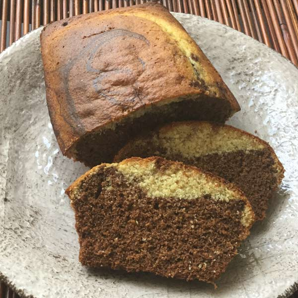 Ricette ghiotte per celiaci - Plumcake variegato alla vaniglia con carruba